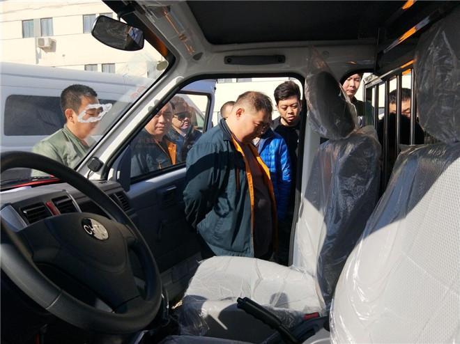 恒天新楚风携手中国邮政,助力绿色城市物流发展 汽车殿堂